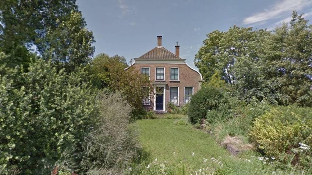 Huis te koop monumentaal landhuis uit 1974 bnr nieuwsradio for Landhuis te koop